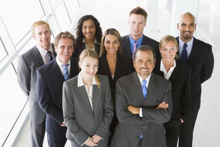 ارتباط بین فردی در محیط کار چیست و 4 راه بهبود